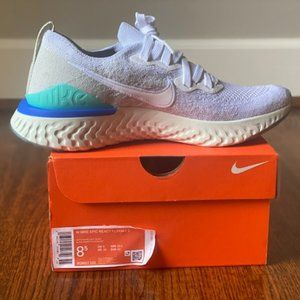 Nike Women's Epic React Flyknit 2 shoes BRAND NEW